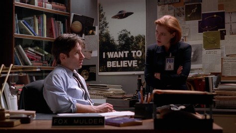 X-Files - Intégrale Blu-ray (S05E12 : Bad Blood / Le shérif a les dents longues)